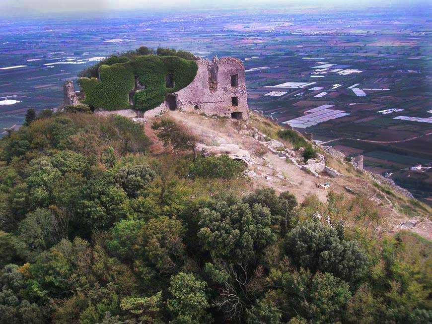 Castello aeroveduta